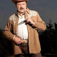 "Cleto Letrán, conocido como ""don Cleto"" era Ernesto Fonseca Carrillo en la serie, protagonizado por Javier Díaz Dueñas Foto:Telemundo"