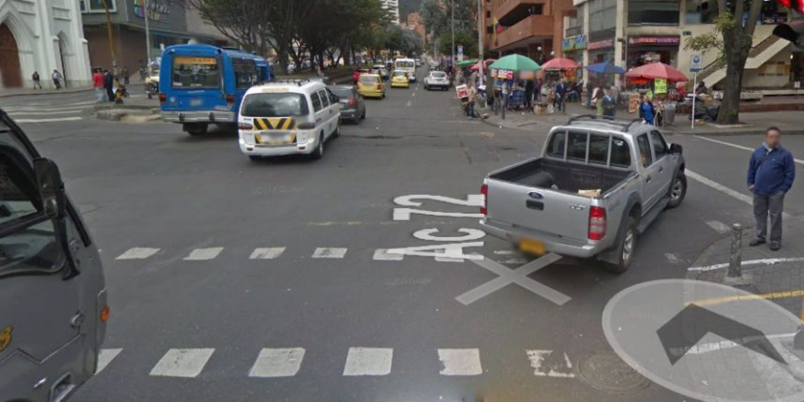 En la calle 72 con carrera 11 se ubca este hueco que genera impresionantes trancones. Foto:Google Street View
