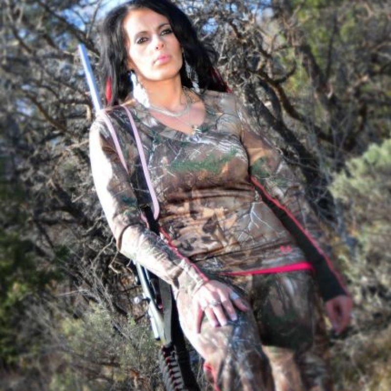Ella afirma que todo lo hace de forma legal en el Parque Nacional Kruger, en Suráfrica. Foto:vía Facebook/ Sabrina Corgatelli