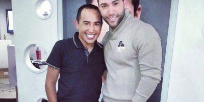 Acá junto a su estilista. Foto:Instagram Edwin Garrido