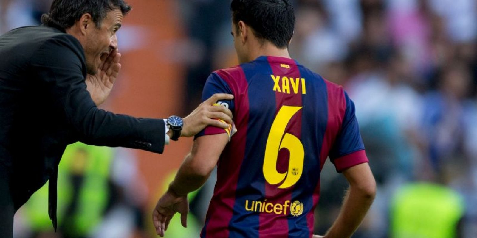 El defensa brasileño tomará el número que le perteneció a Xavi Hernández, una leyenda del club, Foto:Getty Images