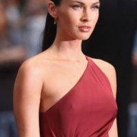 Megan Fox, apenas imperceptible. Foto:vía Getty Images
