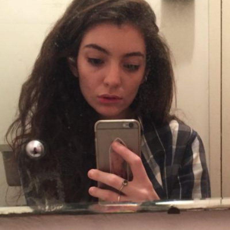 Lorde, es una cantante que inició desde los 12 años. Foto:vía instagram.com/lordemusic