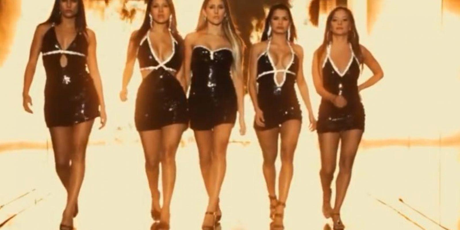 Tienen el mismo vestido. Foto:vía Caracol Tv