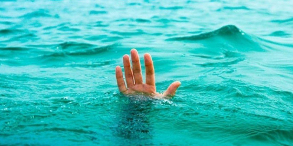Prefirió que su hija muriera ahogada antes de permitir que rescatistas la tocaran