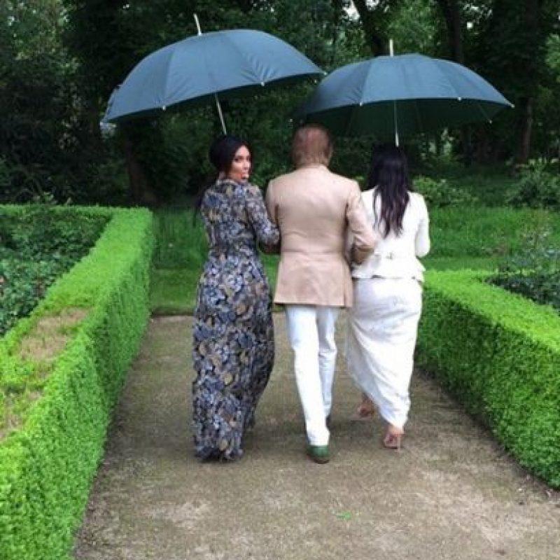 Al instalarlo, las noticias, fotografías y menciones sobre la esposa de Kanye West poco a poco se borrarán. Foto:vía instagram.com/kimkardashian