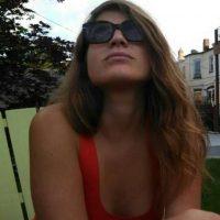 """""""Esta joven de apenas 26 años se ha dedicado más a la academia"""", explica TN Foto:Twitter.com/rossi_delfina"""
