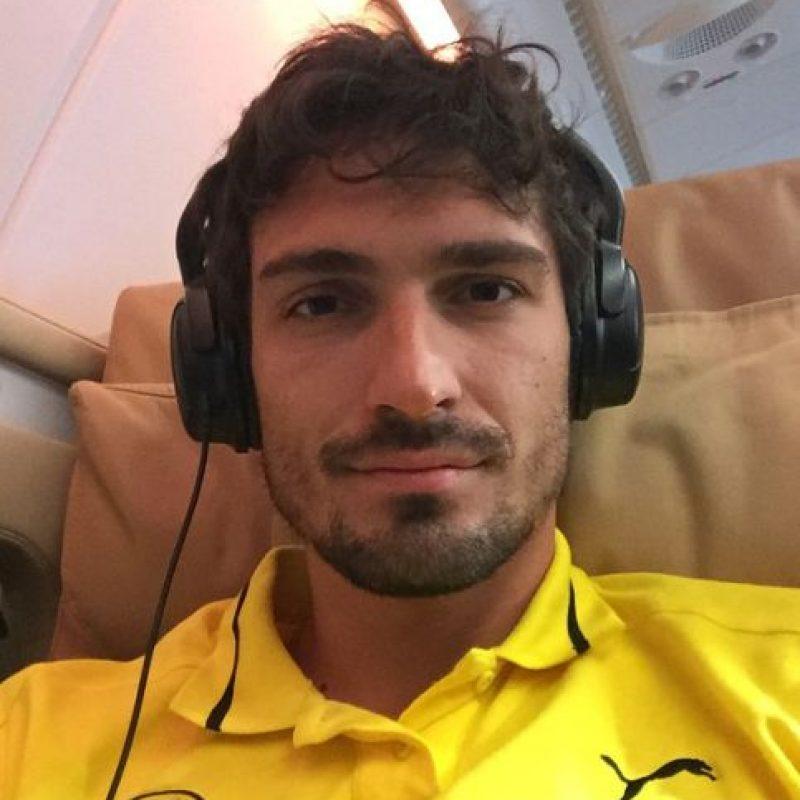 """Defiende los colores del """"BVB"""" desde 2008 y actualmente es el capitán del club. Foto:Vía instagram.com/aussenrist15"""