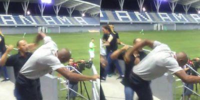 """A estos entrenadores, les ganó el """"calor"""" del juego y se tornaron violentos. Foto:Vía Twitter.com/yasilka09"""