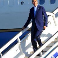 John Kerry arribando al aeropuerto de La Habana Foto:AFP