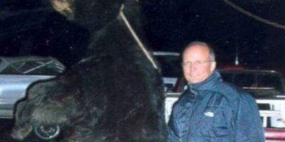 También mató un oso de forma ilegal en 2006, en Wisconsin. Foto:vía Departamento de Recursos Naturales de Wisconsin.