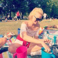 Se reveló que le dio varios likes a las fotos que comparte la actriz australiana en sus redes sociales Foto:Vía instagram.com/margotrobbie