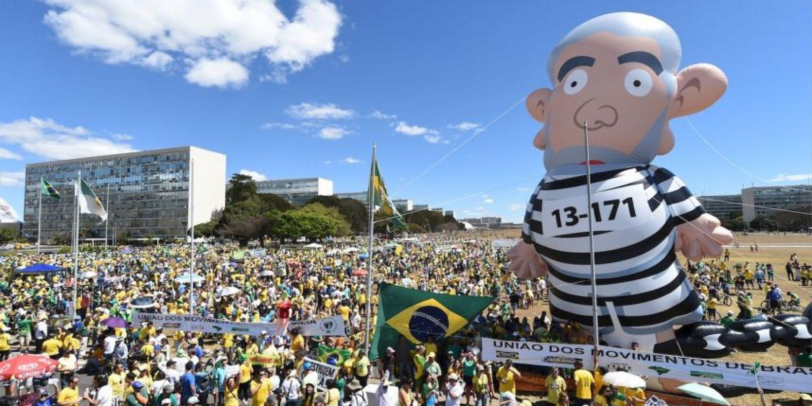 Los opositores a Rousseff y al expresidente Lula da Silva volvieron a salir a las calles Foto:AFP