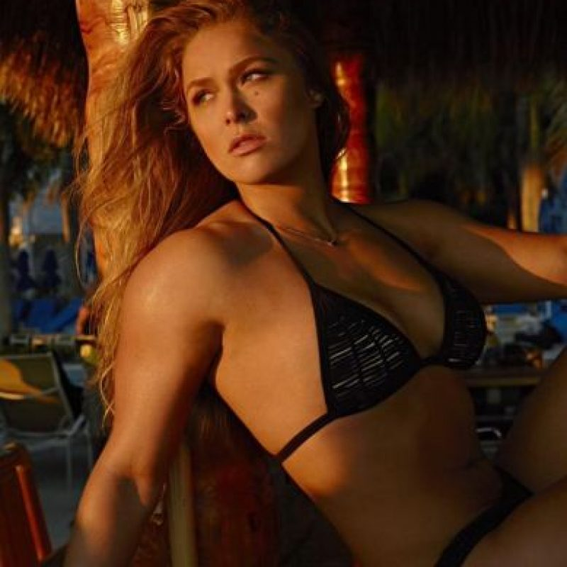 """Ahora, se planea una pelea entre Ronda y Cris Cyborg, luchadora de """"Invicta FC"""" que podría arrebatarle el invicto a Rousey. Foto:Vía twitter.com/RondaRousey"""
