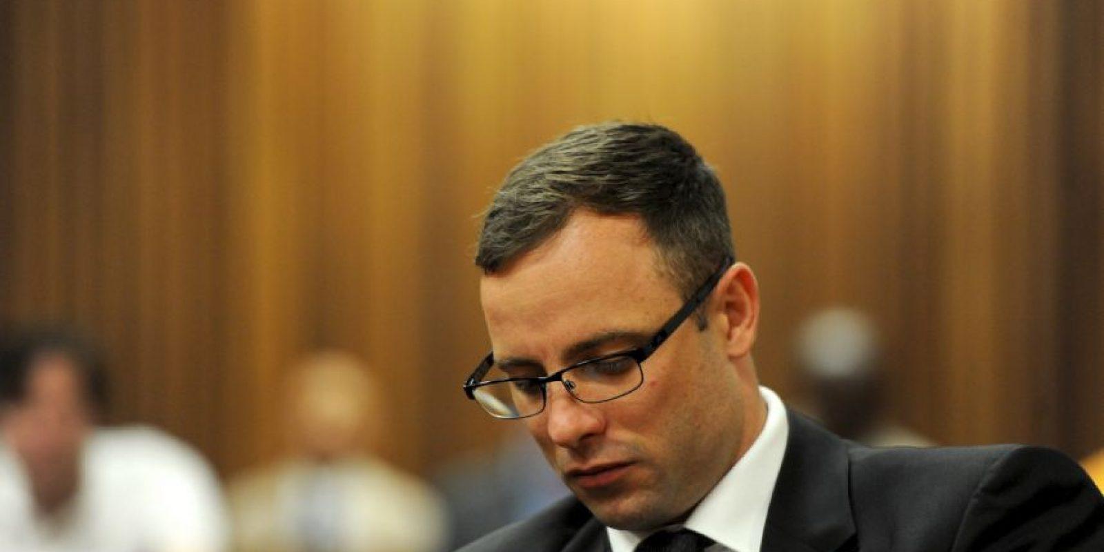 En octubre de 2014, Pistorius fue sentenciado a cinco años de cárcel pues la corte lo halló culpable de homicidio, pero no premeditado. Foto:Getty Images