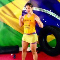 Su carrera hasta 2015 incluye 10 peleas, 9 victorias (7 por decisión y dos por nocaut), y una derrota. Foto:Vía instagram.com/bethecorreia