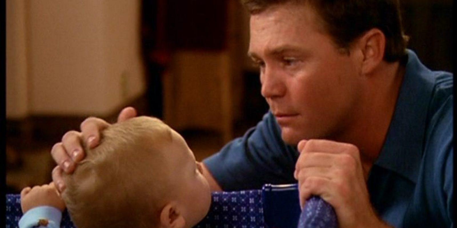 Los gemelos Jason y Kristopher Simmons le diero vida a este bebé. Foto:vía simmons-boys.com