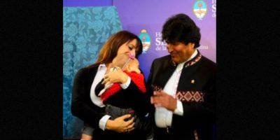 """Durante la visita de Estado del presidente de Bolivia a Argentina, Victoria escribió: """"Ella también escucha a Evo, pero se distrae un poco"""" Foto:Facebook.com/pages/Victoria-Donda-Pérez"""