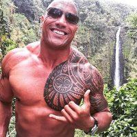 Tiene 43 años Foto:Instagram/therock