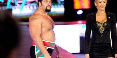 El rubio se verá las caras con Rusev, quien tendrá como compañera a Summer Rae Foto:WWE