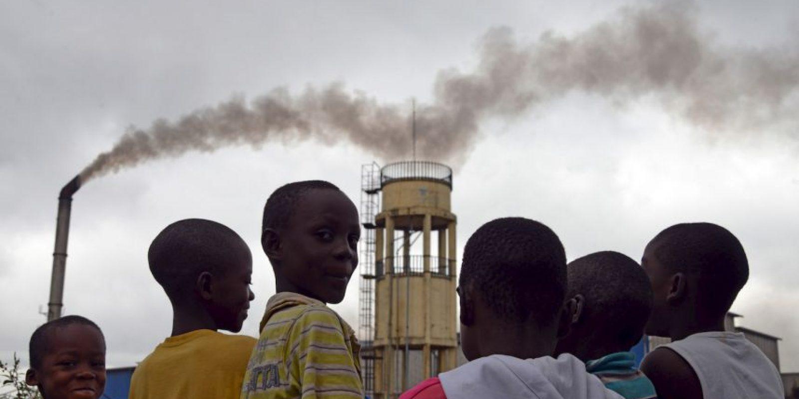 Niños en Abidjan. Foto:AFP