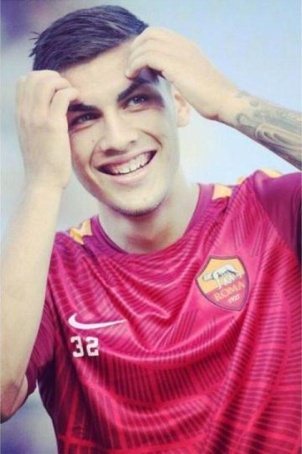 Juega con la Roma, pero cedido por Boca Juniors. Foto:Vía twitter.com/lparedss