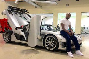 Posee una exclusiva flota de automóviles, que incluyen vehículos de las marcas Buggati Veyron, Buggatti Gran Sport, dos Ferrari y un Lamborghini, entre otros. Foto:Vía instagram.com/floydmayweather