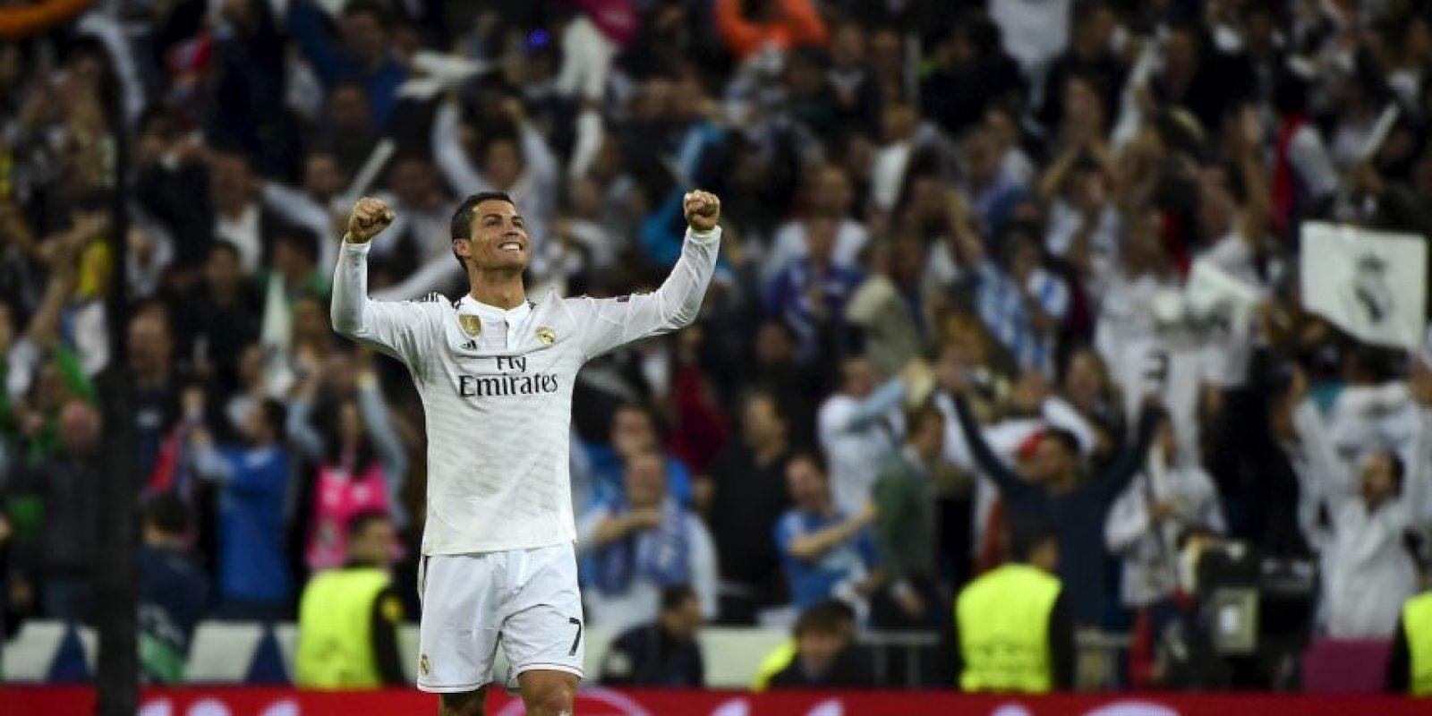 Zarra, segundo goleador de la Liga tiene 251 goles, y está a 25 de que Cristiano lo alcance. Tomando en cuenta que el portugués marca más de 30 goles por temporada, se ve probable que consiga este récord en este año. El máximo goleador, Lionel Messi, tiene 285 dianas. Foto:Getty Images