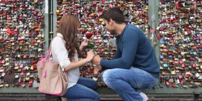 Fisher resaltó que los resultados mostraron que los hombres no sólo son más propensos al amor, pues también caen enamorados más rápido que las mujeres. Foto:Getty Images