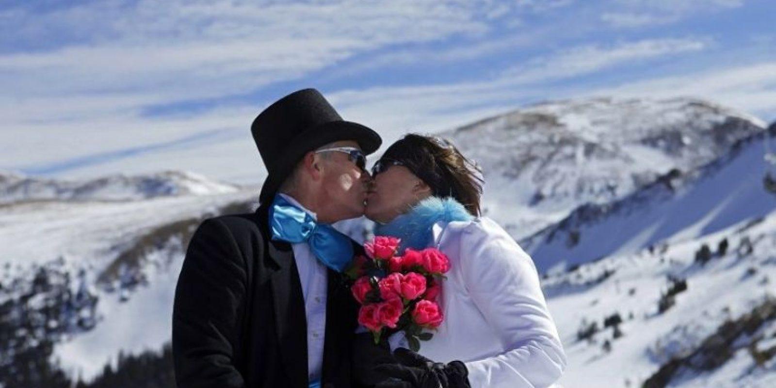 Una reciente encuesta llevada a cabo por la antropóloga biológica Helen Fisher asegura que el amor a primera vista existe. Foto:Getty Images