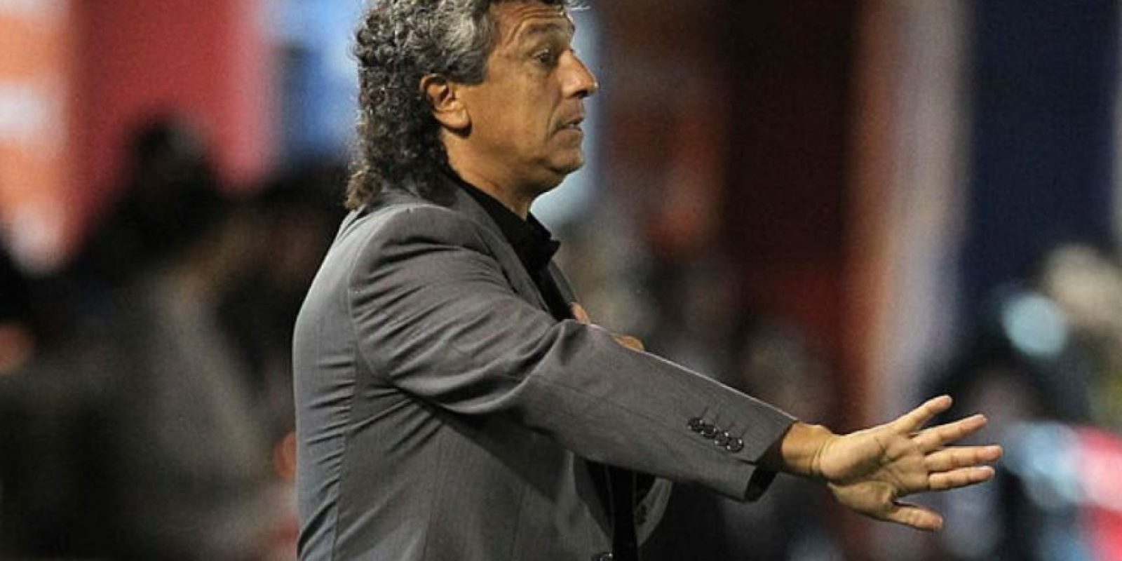 El 'gaucho' es, posiblemente, el entrenador con menor perfil de los 4 que supuestamente son opcionados para llegar a Millonarios. Nunca ha obtenido ningún título de primera división. Ha dirigido 9 clubes en Argentina y uno en segunda división de España. Sus máximos logros han sido llegar al subcampeonato de la Copa Sudamericana con Tigre en 2012 (Eliminanndo a Millonarios en semifinales) y ascender con Argentinos Juniors para la presente temporada. Gorosito en la actualidad es DT de Argentinos Juniors que marcha en la posición 20 del fútbol argentino. Foto:Archivo Getty Images.