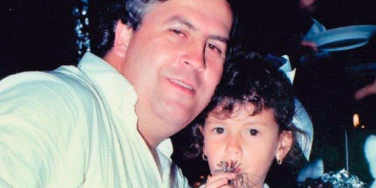 Pablo Escobar y su hija.