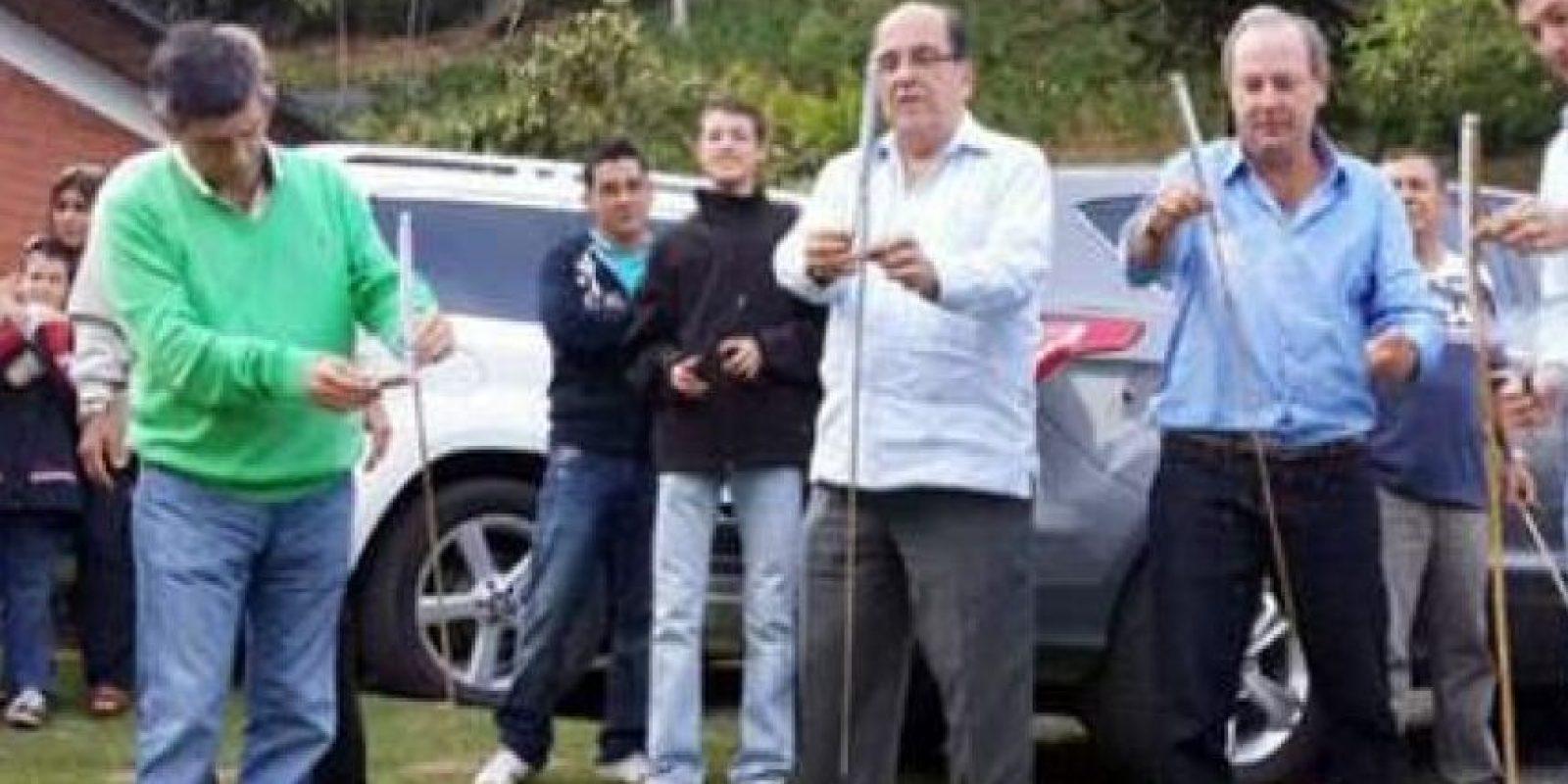 Rafael Pardo quemando pólvora con el alcalde de Cali. Foto:Tomada de Noticias Uno
