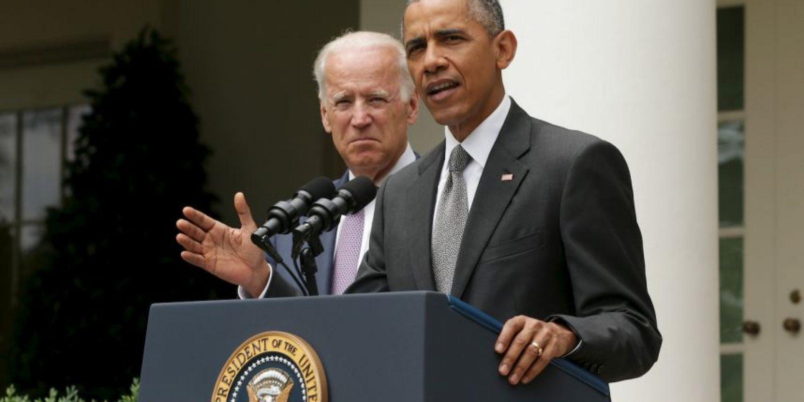 El presidente Barack Obama no descarta apoyar a uno de los candidatos demócratas en las elecciones primarias de 2016, según su portavoz, Josh Earnest. Foto:Getty Images