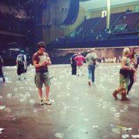 El interior después de los shows. Foto:instagram.com/tiedyezach