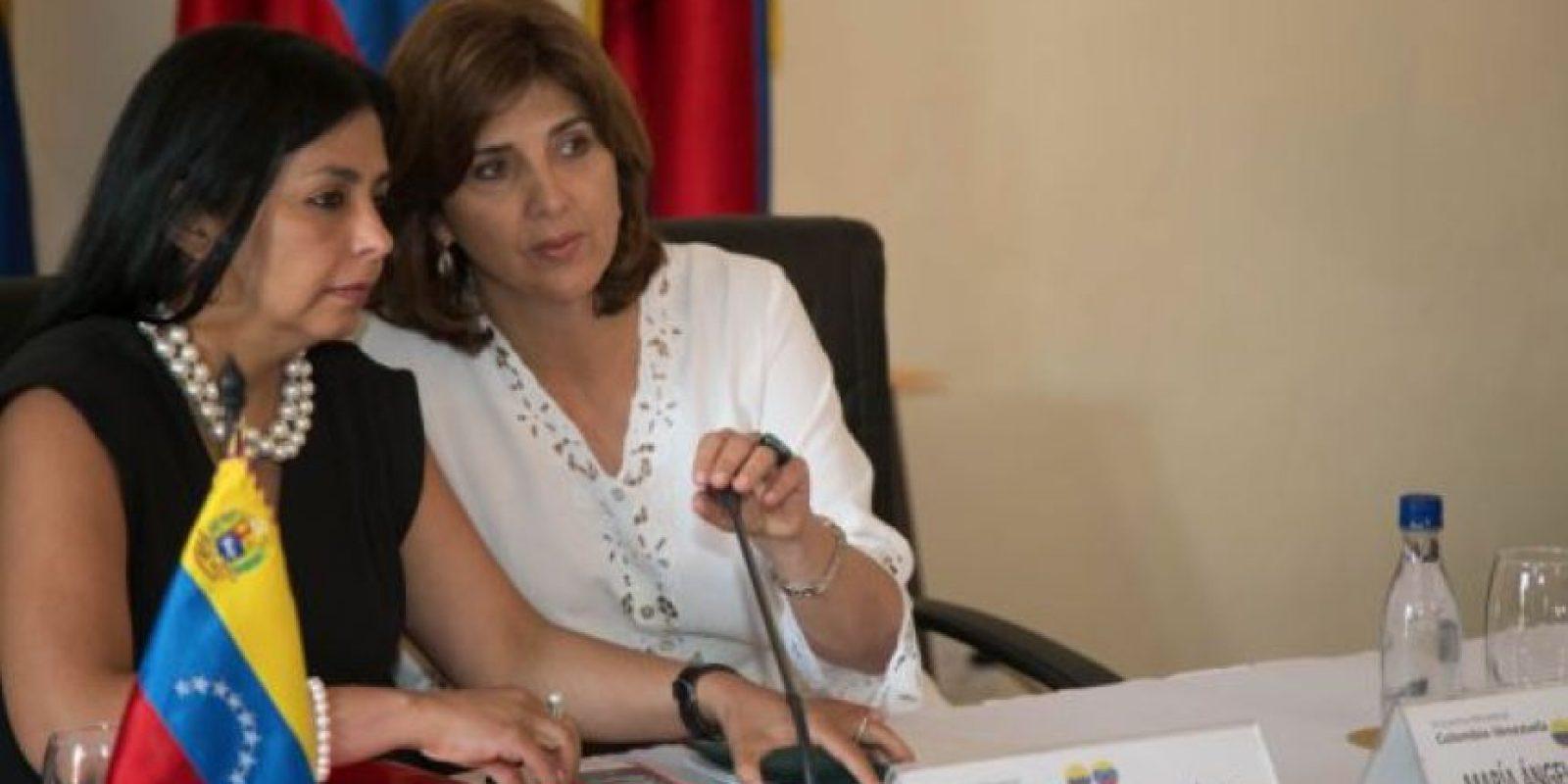 Las cancilleres de Venezuela, Deicy Rodríguez, y de Colombia, María Ángela Holguín, en su reunión en Cartagena este miércoles. Foto:Cancillería