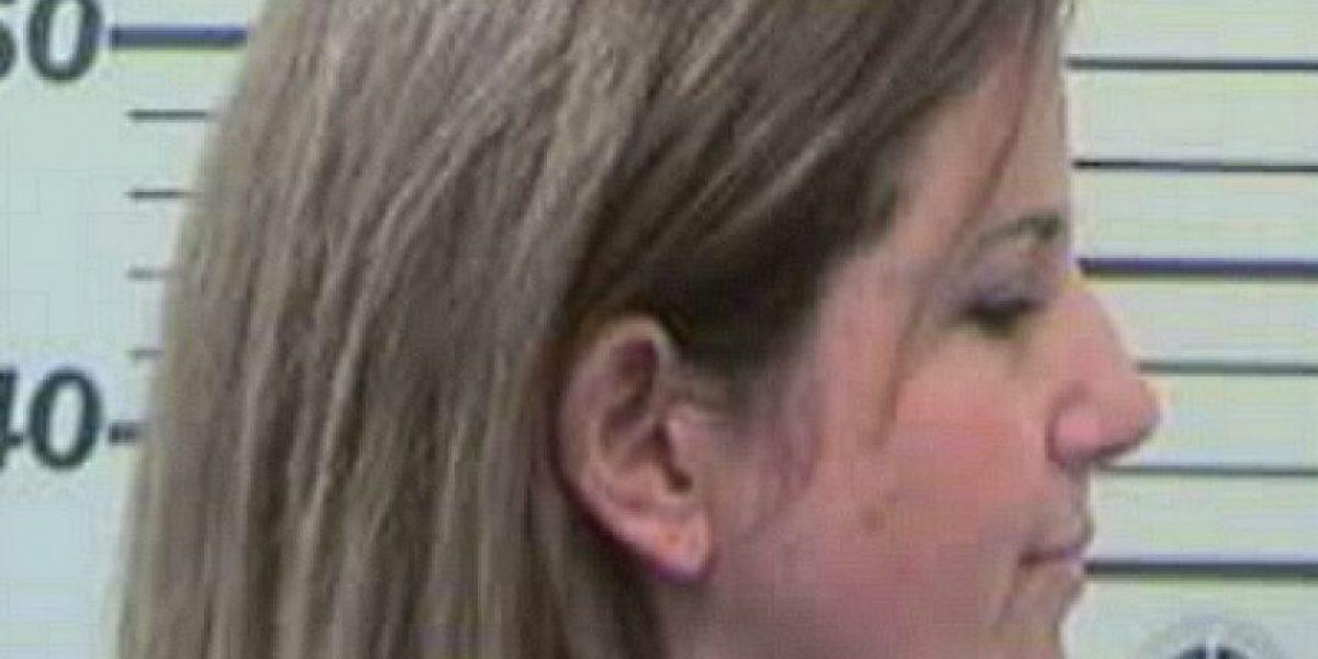 Madre descubre que su hijo tenía relaciones sexuales con su maestra