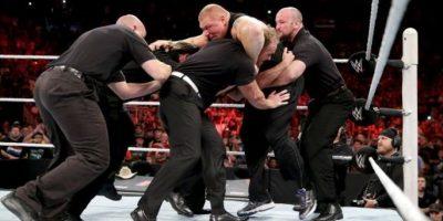 El excampeoón de la WWE también consiguió el cetro en su paso por la UFC Foto:WWE