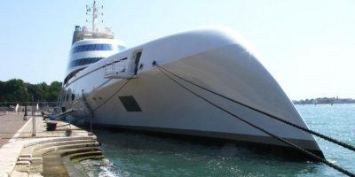 El diseñador Philippe Starck construyó el primer proyecto y ahora está a cargo del nuevo yate. Foto:Vía flickr.com