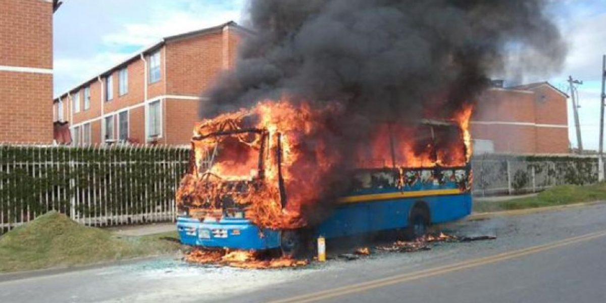 Reportan incendio de un bus del SITP en Suba