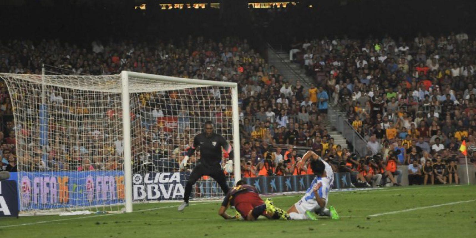 En partido válido por la segunda fecha de la Liga española Foto:Ramón Mompió