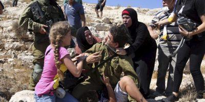 Hasta que llegó un comandante israelí y canceló la detención Foto:AP