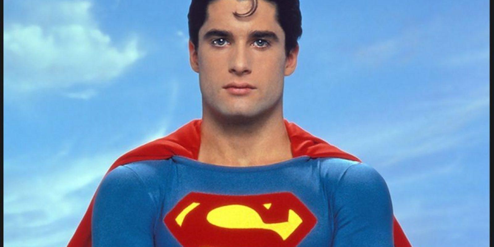 John Newton fue el elegido para personificar al superhéroe en una filme creado por fanáticos de personaje llamado Superman Classic 2011 Foto:Robb Pratt