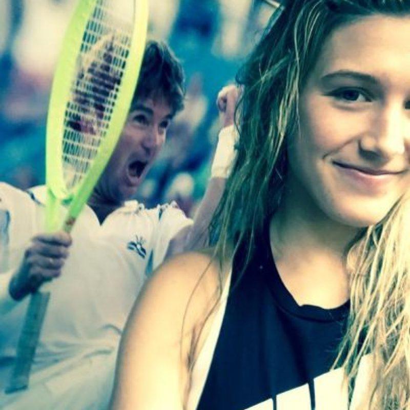 """""""En el pasillo con Ashe (Arthur), Jimmy está conmigo en espíritu"""", escribió Eugenie Bouchard, en relación a los consejos que Jimmy Connors le dio antes de comenzar a actuar en el US Open pues actualmente no tiene entrenador. Foto:Vía twitter.com/geniebouchard"""