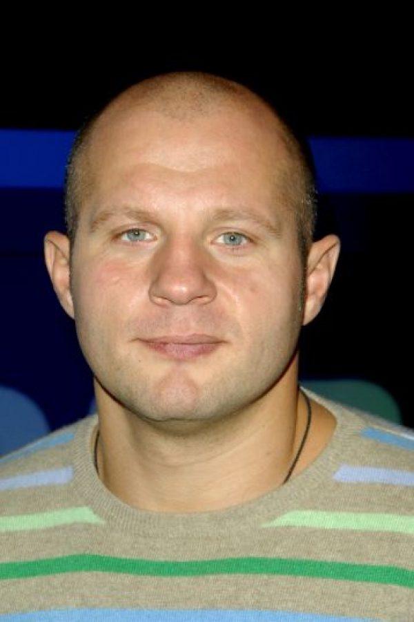 Posee el récord de haber sido ganador de cinco campeonatos mundiales de artes marciales mixtas simultáneamente. Foto:Getty Images