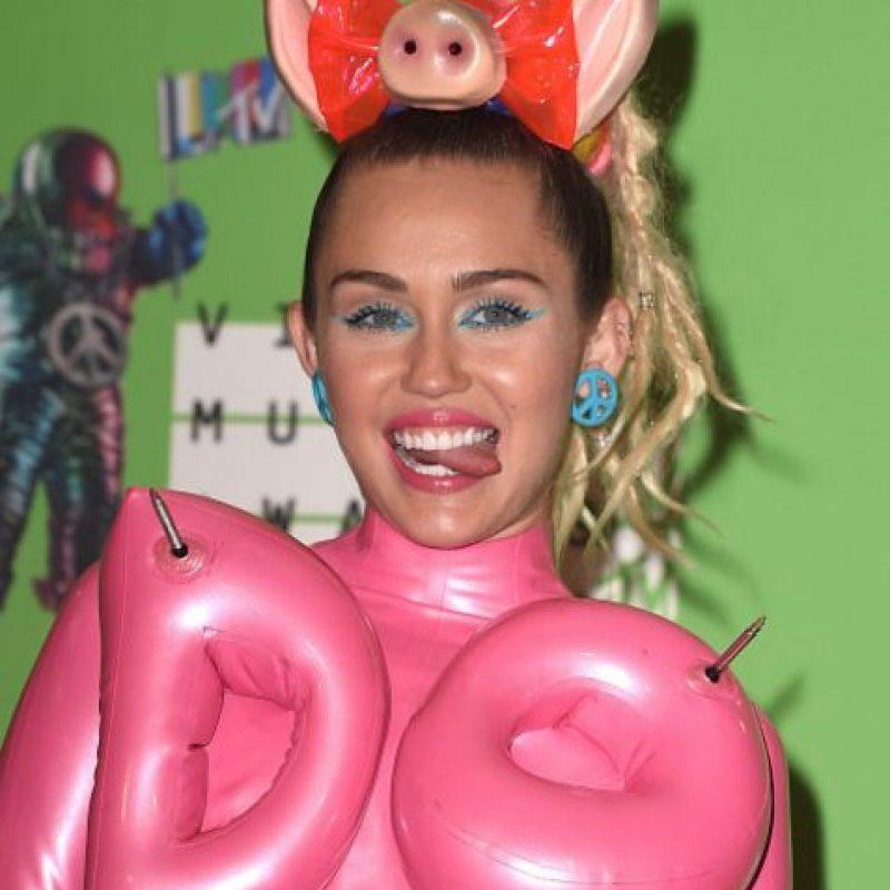 Nada lejanos a los de Miley. Foto:vía Getty Images
