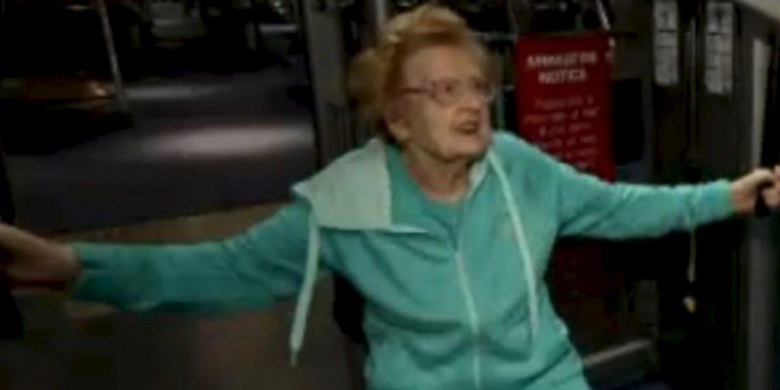 Betty comenzó a ganar peso cuando trabajaba en una tienda. Foto:Vía Youtube