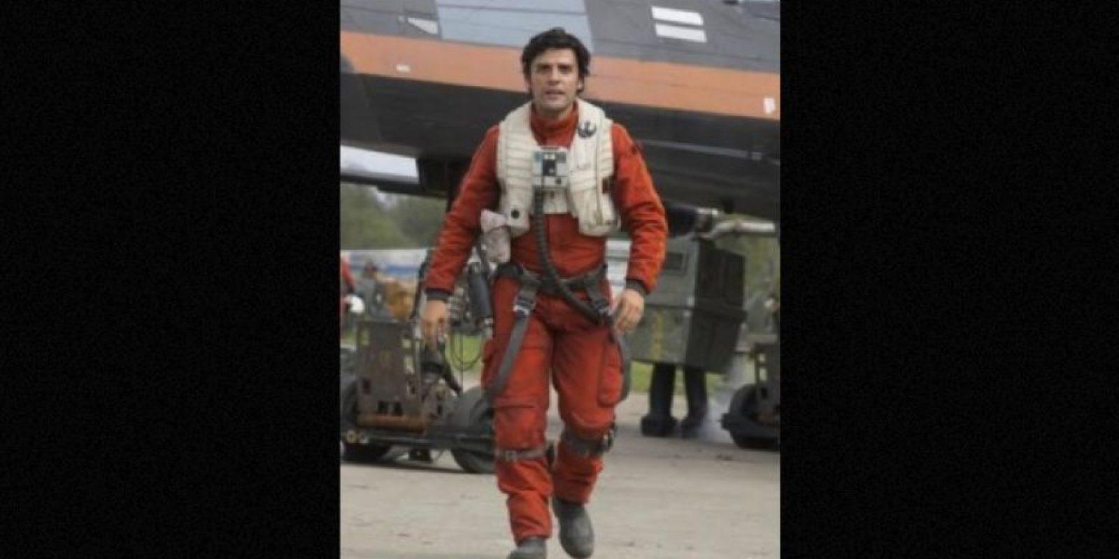X-Wing Pilot Poe Dameron, interpretado por Oscar Isaac Foto:Lucasfilms