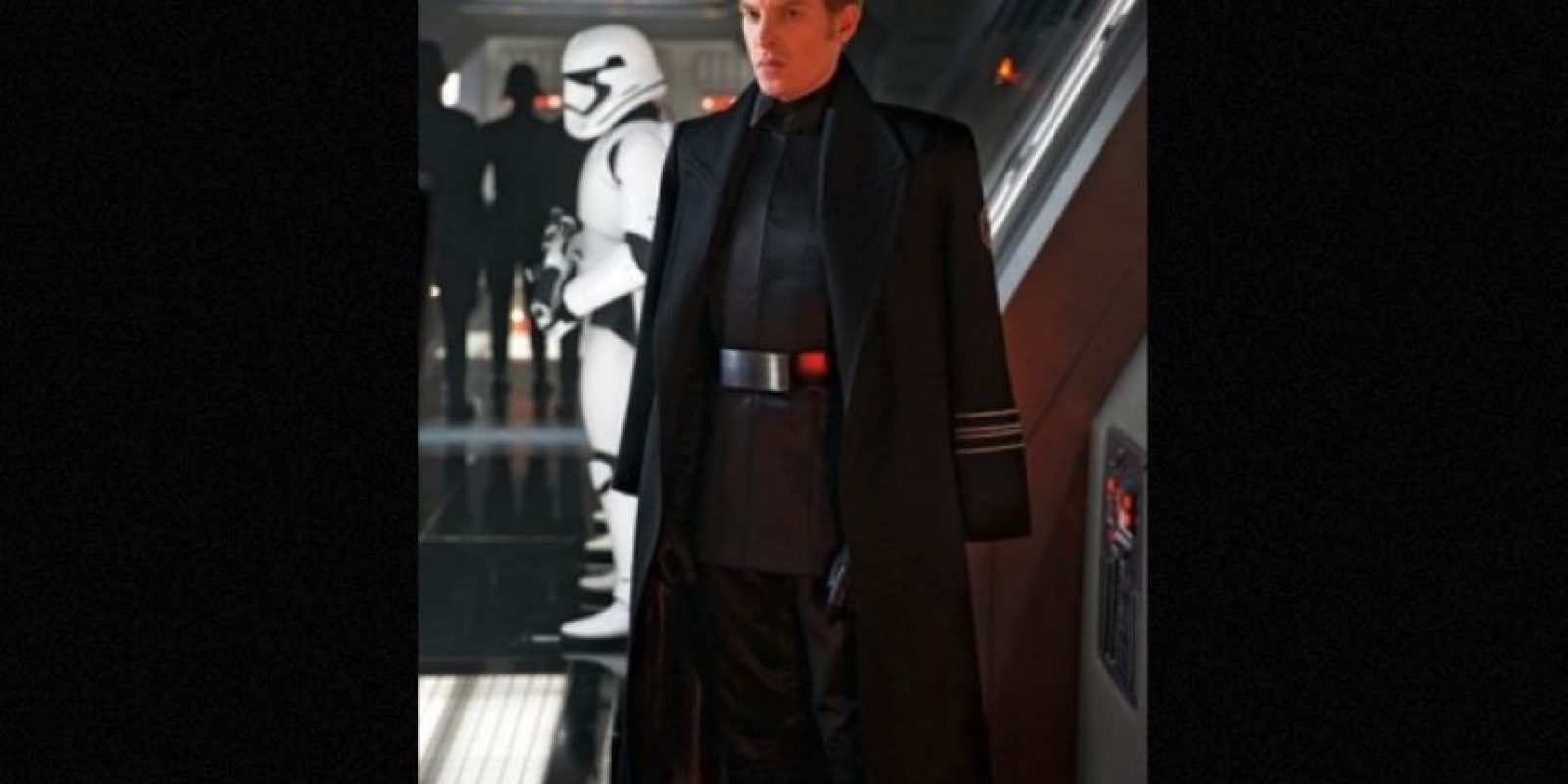 General Hux interpretado por Domhnall Gleeson, es el líder de The First Order Foto:Lucasfilms v
