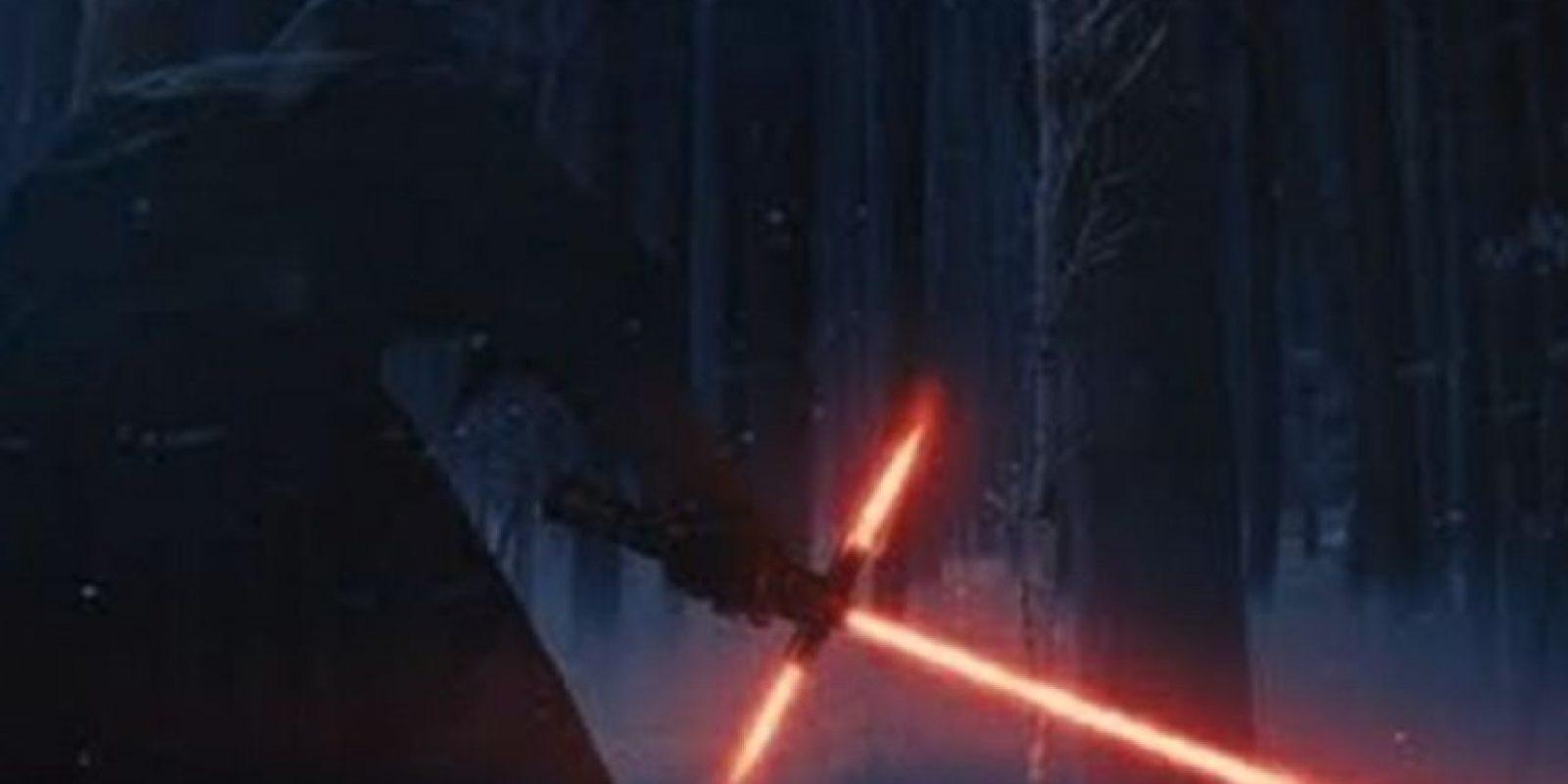 Uno de los villanos es Kylo Ren (Adam Driver), que pertenece a la First Order Foto:Lucasfilms
